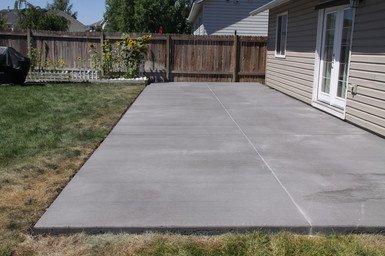 Concrete patio in Garland, TX